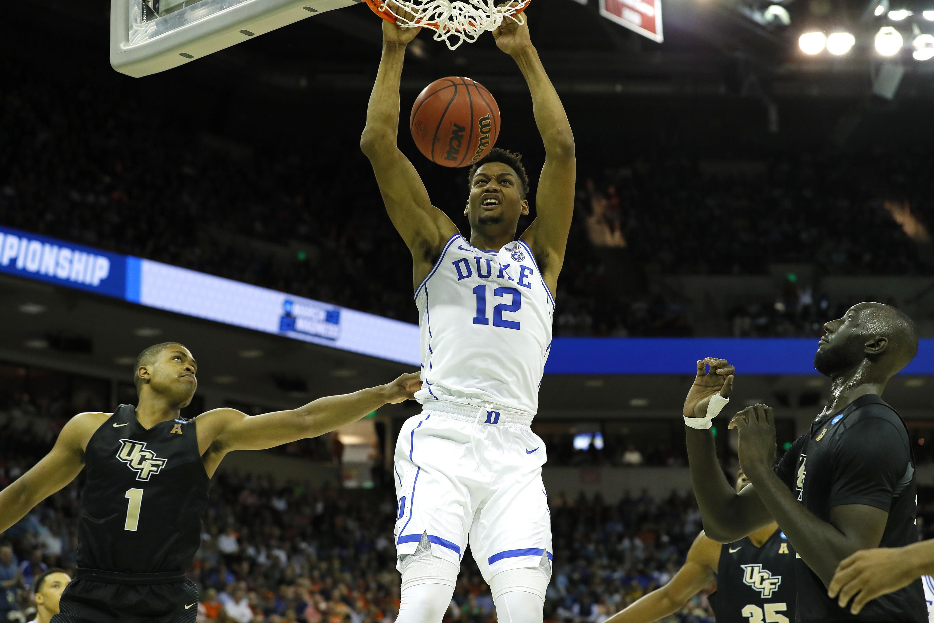 Duke Basketball: Javin DeLaurier to return to Durham for senior season